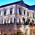 Exterior of the Killarney Royal Hotel